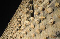 """ΓΙΑΝΝΗΣ ΚΟΥΝΕΛΛΗΣ, ΑΙΣΧΥΛΕΙΑ 2010, ΕΛΕΥΣΙΝΑ,με αφορμή την παράσταση """"Προμηθέας Δεσμώτης"""" Greek Town, Architecture Images, Greek Art, Ceiling Lights, Space, Projects, Home Decor, Floor Space, Log Projects"""