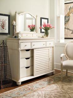 Paula Deen Furniture Steel Magnolia | Paula+Deen+Steel+Magnolia+Bedroom+Set+in+Linen