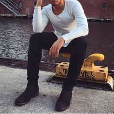 Street style for men Casual Outfits, Men Casual, Fashion Outfits, Urban Fashion, Mens Fashion, Der Gentleman, Men's Wardrobe, Lookbook, Swagg