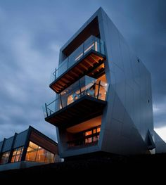 """Had a sublime stay at """"Roy"""" one of the Pavilions (accomodation) at the MONA on the river at Hobart. Architects are such amazing thinkers ..."""