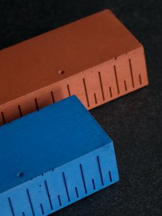 UKKO Sky & Terra - Concrete Paperweight with linear function
