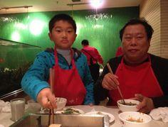 Xu Mingtang с сыном.