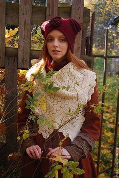 """Купить Шапка """"Шиповник"""" - бордовый, головные уборы для женщин, шапка женская, шапка валяная, красный"""