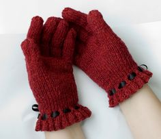 Anitta Gloves By Maril - Free Knitted Pattern - (knittitude.blogspot)