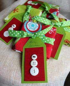 Cute gift idea for the sewer on your list...a pack of Christmas fat quarters with a cute tag!