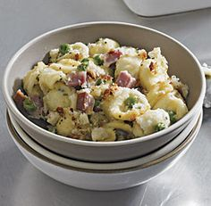 fine cooking In this dressed-up macaroni and cheese, orecchiette takes the place of tiny elbows, peas and ham add flavor and texture, and Grana Padano stands in for the usual Cheddar. Ham Peas And Pasta, Ham Pasta, Pasta Dishes, Peas And Cheese Recipe, Sauce Recipes, Pasta Recipes, Dinner Recipes, Fine Cooking Recipes, Leftover Ham