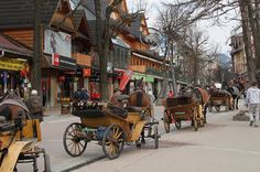 I love all the little shops and the magic of this town // Krupowki Zakopane Poland