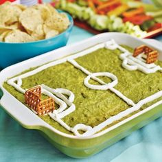 soccer field decorated dip and other ideas for a soccer party. Great snack idea for your soccer party! Soccer Birthday Parties, Soccer Party, Sports Party, Soccer Cake, Soccer Banquet, Football Parties, Soccer Snacks, Guacamole Dip, Avocado Dip