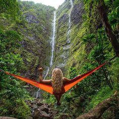 Любуясь водопадом ...
