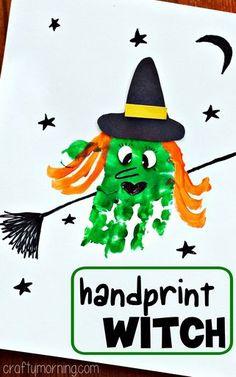 #Halloween #Craft ♥ Handprint Witch Craft #Halloween craft for kids to make! | CraftyMorning.com