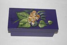 Risultati immagini per pintura decorativa en cajas de madera