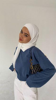 Modest Fashion Hijab, Casual Hijab Outfit, Muslim Fashion, Modest Outfits, Cute Casual Outfits, Hijab Dress, Hijab Look, Applis Photo, Sweatshirt Outfit