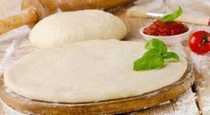 Ψάχνεις την κλασσική συνταγή για το διάσημο ιταλικό ζυμάρι; Τότε μάλλον την βρήκες! Θα εκπλαγείς από την νοστιμιά της! Υλικά • 10 γρ. ξηρή μαγιά • 20 γρ. ζάχαρη • 1 ποτήρι χλιαρό νερό περίπου • αλάτι • 12 γρ. ελαιόλαδο • Cookbook Recipes, Baking Recipes, Snacks Pizza, Russian Pastries, Sour Cream Sauce, Cooking Spaghetti, Spaghetti Squash, Savory Muffins, Good Food
