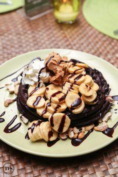 Banana, Peanut Butter & Chocolate Churros Waffle, Tsokolateria Tagaytay
