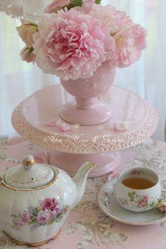 Aiken House & Gardens: Your invited: Garden Party Tea