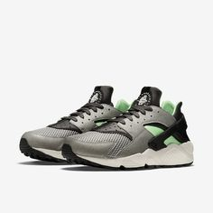 Air Huarache From Nike Nike Water Shoes, Huaraches Shoes, Nike Store, Nike Air Huarache, Sneakers Nike, Green, Nike Tennis