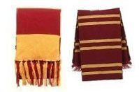 How-To Gryffindor Scarf. Free pattern and instructions to crochet, knit and felt a Gryffindor house scarf.