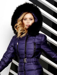 Ladies Coats, Coats For Women, Jackets For Women, Fur Fashion, Winter Fashion, Puffer Jackets, Winter Jackets, Nice Suits, Down Suit