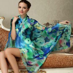 Hodváb-kráľ-textílií-a-textília-kráľov.-Kvalitný-a-originálny-hodvábny-šál