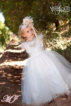 Heavenly Flower Girls Dress Princess por MelissaJaneBoutique