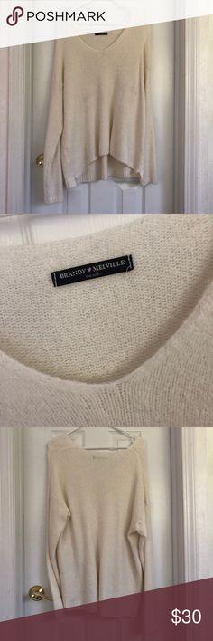 BRANDY MELVILLE 🍒 KNIT SWEATER - Brandy Melville Sweaters