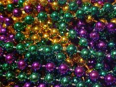 crafting ideas for all those extra mardi gras beads!