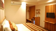 Looking for a comfortable stay in Udaipur? We offer you a luxurious stay at unbelievable prices, right in front of the Udaipur Railway Station. Book your stay at Le ROI Udaipur and get a flat 10% discount. Hurry Up. http://www.leroihotels.com/udaipur-railway-station-hotel/rooms.html