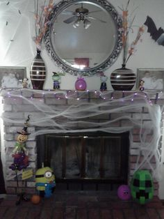 My Halloween decorated fireplace :)