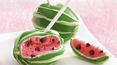 Enjoy these watermelon pops made with chocolate, Betty Crocker® SuperMoist® cake mix and Rich & Creamy vanilla frosting – a beautiful dessert.