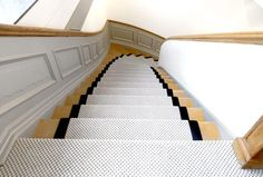 Tapis d'escalier - Blanc - Moquettes Jules Flipo Decoration, Sweet Home, Stairs, Home Decor, Inspiration, White Staircase, Carpet Staircase, House Stairs, Floor