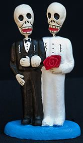 #Wicked Weddings | #Halloween Wedding Decor & Inspiration | Gay skeleton cake toppers