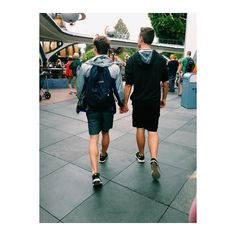 Cute Gay Couples! ❤ liked on Polyvore featuring couples, pictures i gay
