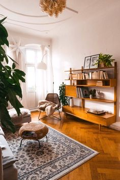 55 Admirable Design Apartment Budget Will Make Your Room More Neatly Arranged Boho Living Room, Home And Living, Midcentury Modern Living Room, Vintage Modern Living Room, Retro Living Rooms, Mid Century Modern Decor, Small Living, Rooms Home Decor, Diy Bedroom Decor