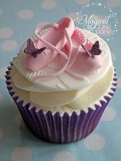 Ballet shoes cupcakes