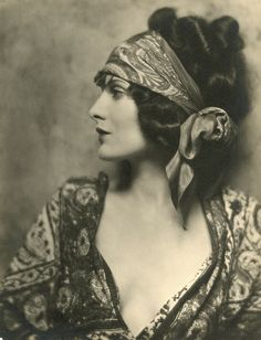 1920s head scarf