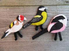 Bird fridge magnets, British birds, felt magnets £9.00 #giftsforhim #birds #magnets