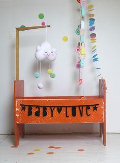 #DIY Letter banner zwart karton #Wordbanner from www.kidsdinge.com    www.facebook.com/pages/kidsdingecom-Origineel-speelgoed-hebbedingen-voor-hippe-kids/160122710686387?sk=wall         http://instagram.com/kidsdinge #Kidsdinge #Toys #Speelgoed