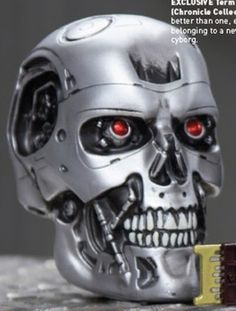 """Loot Crate is a monthly service in which you receive geek-friendly merchandise at a discount, grouped around a particular theme. And what could be more """"cyber"""" than Terminator?"""