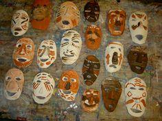 Thema Afrika Time For Africa, African Artwork, African Theme, 3rd Grade Art, Masks Art, Sierra Leone, Art Plastique, Art Lessons, Safari