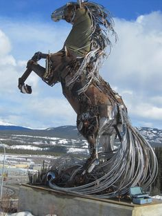 """""""The Whitehorse Horse"""" by Daphne Mennell and Roger Poole (2011) - photo by Sue Spargo;  made with donations of parts by Yukoners;  in Whitehorse, Yukon, Canada"""
