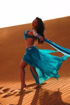 ahhhhh!! Loving the blue!!!