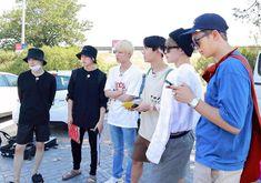 Bon Voyage 3 ✈️ Behind the scene Seokjin, Kim Namjoon, Bts Bangtan Boy, Bts Boys, Jimin Jungkook, Jung Hoseok, Jin Park, Rapper, Taehyung
