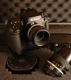 Nikon F5 - camera narcicism series