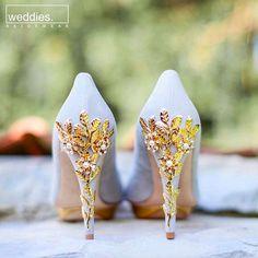 Harriet Wilde – Elegant Wedding Shoes and Exquisite Statement Heels Harriet Wilde – Elegante Hochzeitsschuhe und exquisite Statement-Heels Gold Heels, Shoes Heels, Shoes Sneakers, Prom Shoes, Converse Shoes, Adidas Shoes, Quinceanera Shoes, Blue Bridal Shoes, Bridal Heels