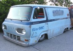 Another cool Econoline. This time a van.