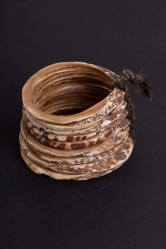 Bracelet. Conch, cotton. Papua Estern New Guinea. Late XIX century