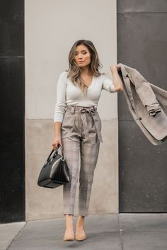 Stunning 47 Elegant Fall Outfits Ideas For Women That Looks Cool Fall Outfits For Work, Casual Work Outfits, Business Casual Outfits, Professional Outfits, Work Attire, Work Casual, Office Outfits, Outfit Work, Office Attire