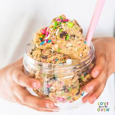 This easy, edible cookie dough recipe just might be better than actual cookies! If you are always sneaking a taste when you make cookies, then make your own edible cookie dough at home. Just like the cookie dough cafe and cookie dough shop. Cookie Do Nyc, Cookie Dough Recipes, Edible Cookie Dough, Baking Recipes, Just Desserts, Delicious Desserts, Dessert Recipes, Yummy Food, Deserts
