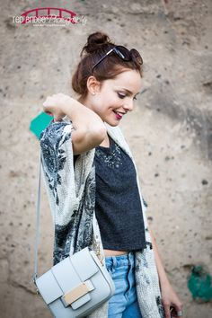 susana ares fashion blogger http://fashioninthestreet.com/2014/11/24/gray-look-for-a-wonderful-day/