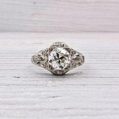 Vintage 1 Carat Art Deco Diamond Engagement Ring.